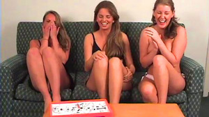 Mia, Ashley and Ashton Play Strip Surgery