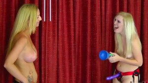 Strip Podstab with Kandii and Amanda (HD)