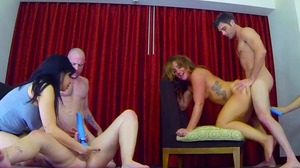 Strip Shockinaw with Kimmy Lilly Savannah and Mina (ft Bob and Flynt) (HD)